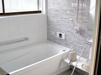 バスルームリフォーム 給湯器修繕とバスルームリフォーム