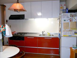 キッチンリフォーム 間口を広げて作業しやすいキッチンへ