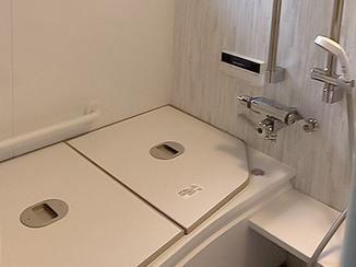 バスルームリフォーム 冬場も温かく安心して入浴できるバスルーム