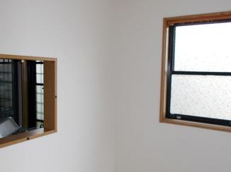 小工事 お客様の負担も軽減できる壁紙のご提案で新築のような明るさに!