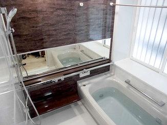 バスルームリフォーム 暖かくリラックスできる浴室空間