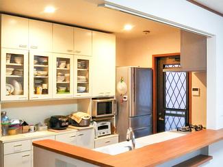 キッチンリフォーム 明るく開放的なオープンキッチン