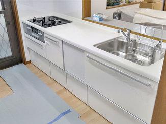 キッチンリフォーム 時短設備と掃除のしやすさが娘さんも旦那様にも嬉しいキッチン
