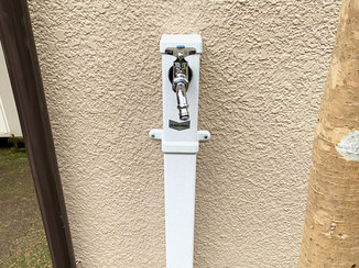小工事 しゃがまなくても使える、腰にやさしい高さの立水栓