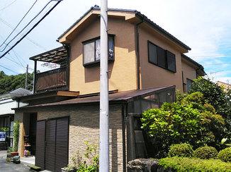 外壁・屋根リフォーム 塗装とサイディングで生まれ変わった住まいの外観