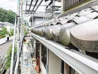 エクステリアリフォーム 保険利用で安価に交換した、強度の高い角型の樋