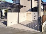 エクステリアリフォーム駐車スペースを増やし一新した門構えと、ゴルフの練習もできる広々ウッドデッキ