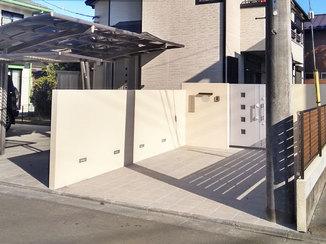 エクステリアリフォーム 駐車スペースを増やし一新した門構えと、ゴルフの練習もできる広々ウッドデッキ