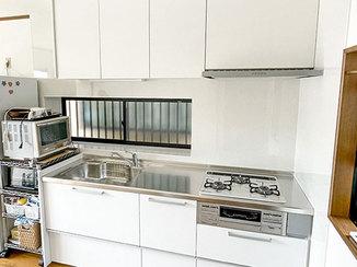 キッチンリフォーム 清掃性が上がり、作業もしやすくなったキッチン